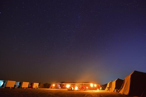 الموقع الفلكي وعلم الفلك في الاسلام ضمن مخيم فلكيون