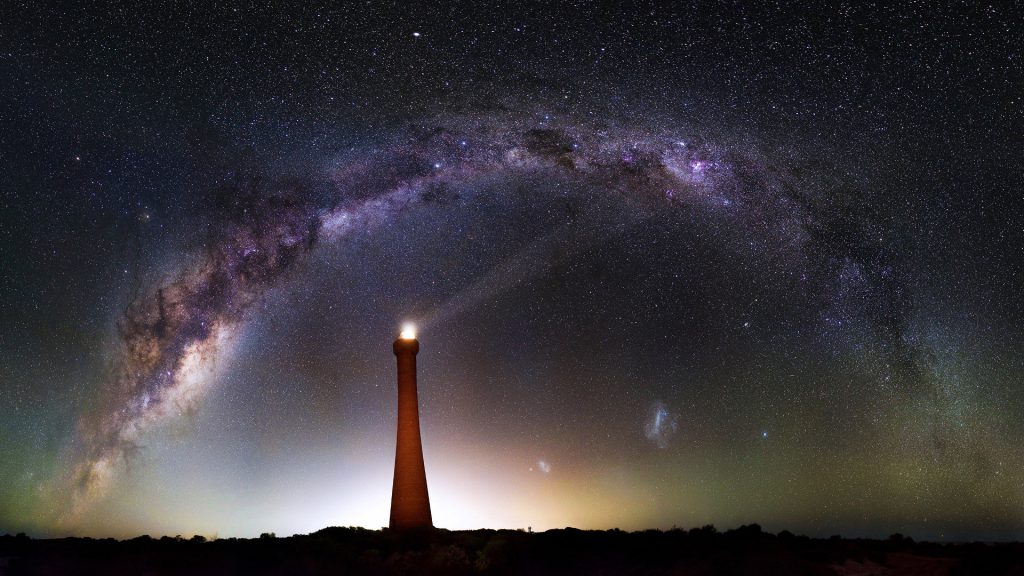 trevor_dobson_milky_way_guilderton_lighthouse_wa